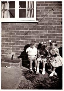 child Joy - bubble blowing (C) joylenton @wordsofjoy.me
