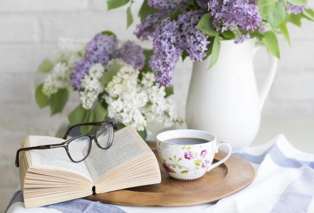 book - reading - coffee now @wordsofjoy.me